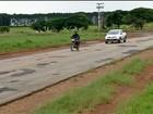 Motoristas reclamam de buracos e falta de acostamento em rodovias