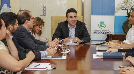 O prefeito de Mossoró, Francisco José Junior assumiu o comando da cidade em outubro de 2013 após sua antecessora ser afastada já que era presidente da Câmara Municipal. Em maio de 2014 foi eleito em eleição suplmentar (Foto: Raul Pereira / Prefeitura de Mossoró)