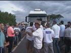 Grupo fecha rodovia em Cristais Paulista contra pedágios na região