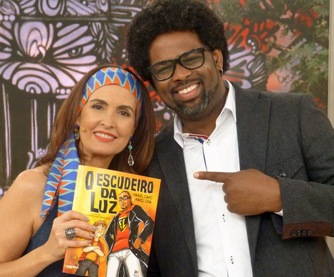 O jornalista Manoel Soares com a Fátima  (Foto: Vinícius Cunha/Gshow)