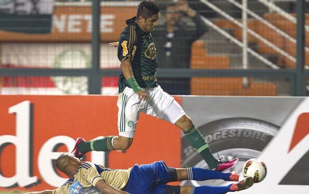 Luan, Palmeiras x Millonarios (Foto: Agência EFE)
