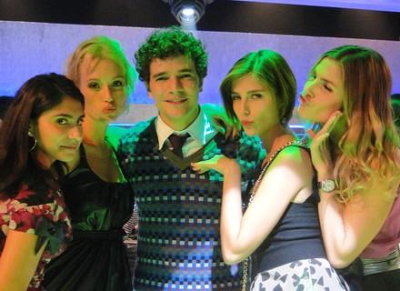 Todas as meninas querem o italiano Agnello (Daniel de Oliveira)