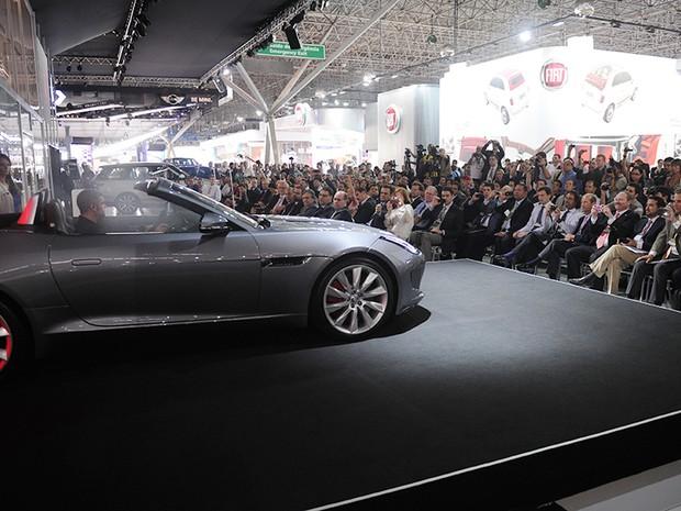 23 de outubro - Jaguar F Type (Foto: Raul Zito/G1)