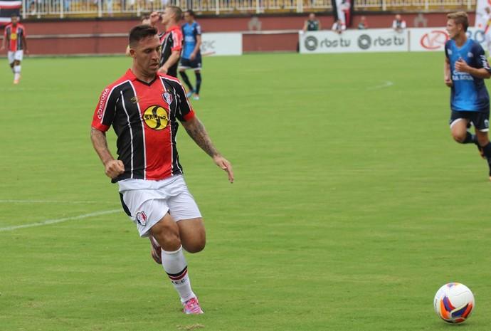 Bruno Furlan Joinville (Foto: José Carlos Fornér/JEC)