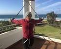 """Após sofrer lesão em """"vaca"""" nas Ilhas Fiji, Mineirinho diz: """"100% para J-Bay"""""""