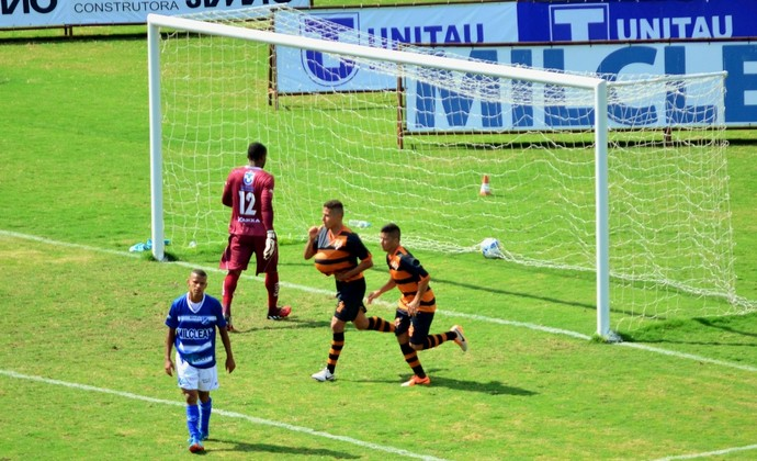Paraíba Atibaia x Taubaté (Foto: Danilo Sardinha/GloboEsporte.com)