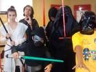 Fãs de Star Wars fantasiados participam de sessão em Mogi