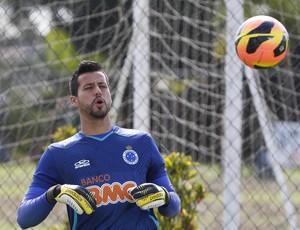 Fábio, Cruzeiro, treino, Toca da Raposa II (Foto: Washington Alves / Vipcomm)