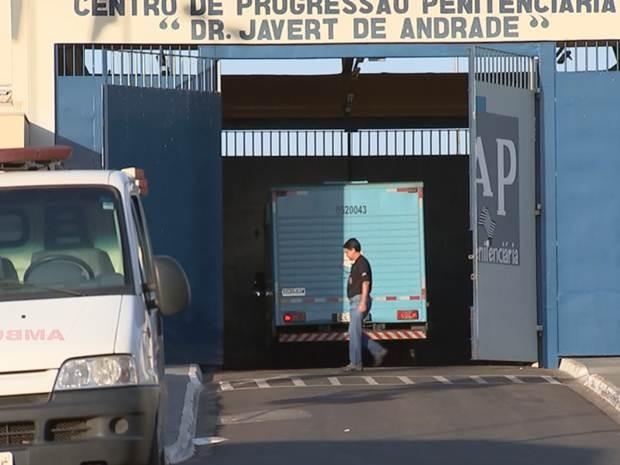 Agentes voltaram a trabalhar no CPP em Rio Preto (Foto: Reprodução / TV TEM)