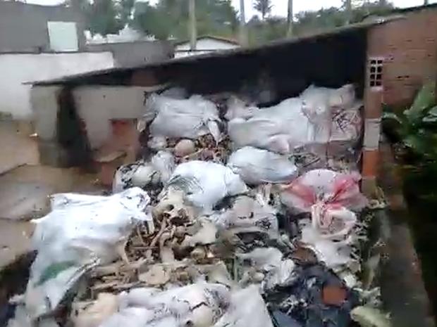 MPPE notifica prefeitura de Paudalho sobre situação das ossadas (Foto: Acervo Pessoal)