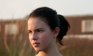 Atriz brasileira interpretará filha de Steve Jobs em novo filme