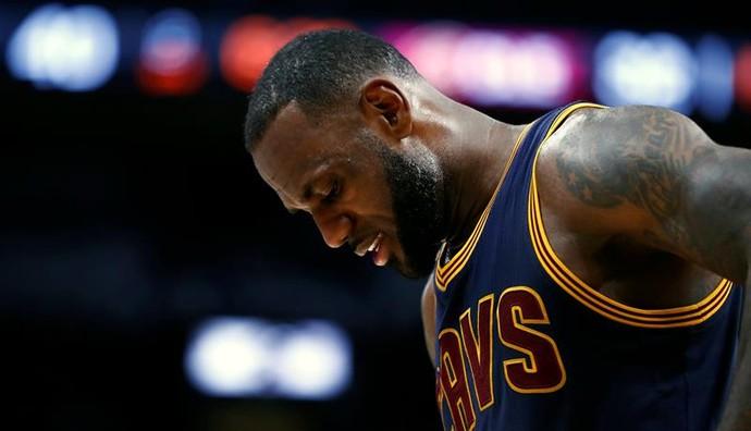 San Antonio Spurs x Cleveland Cavaliers - LeBron James (Foto: EFE)