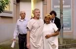 Ruço deixa a clínica do Dr. Zoltan com Tamanco e ataca Dircéia