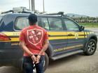 PRF localiza homem com mandado por homicídio em blitz na BR-101