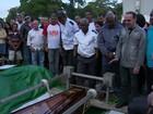 Corpo de PM segurança de Eduardo Paes é enterrado no Rio
