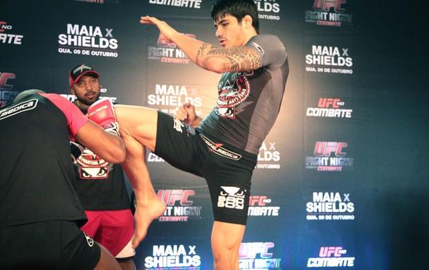 Erick Silva Treino Aberto UFC Barueri (Foto: Rodrigo Malinverni)