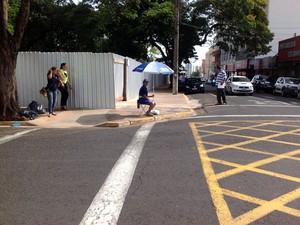 Atendentes que atuam na Zona Azul terão pontos fixos no quadrilátero do comércio (Foto: Rodrigo Caetano)