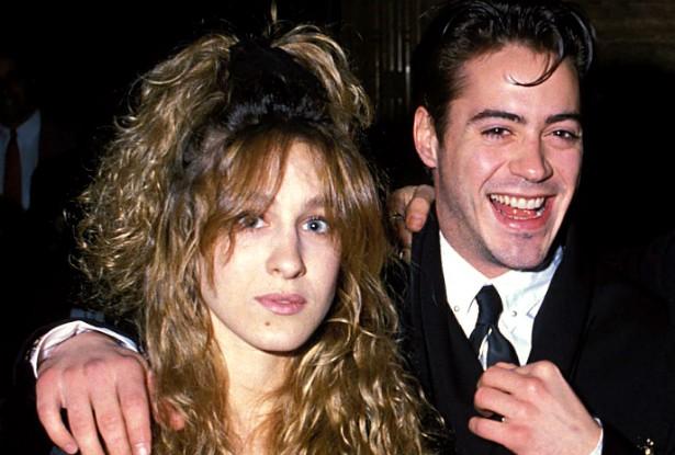 Hoje muito bem casados (com outras pessoas) e com filhos para criar, Robert Downey Jr. e Sarah Jessica Parker namoraram de 1984 a 1991. Numa entrevista em 2008, o 'Homem de Ferro' admitiu que o motivo da separação foi a dependência química de álcool e outras drogas por parte dele. A estrela de 'Sex and the City' tentou ajudá-lo, mas não deu certo. (Foto: Getty Images)