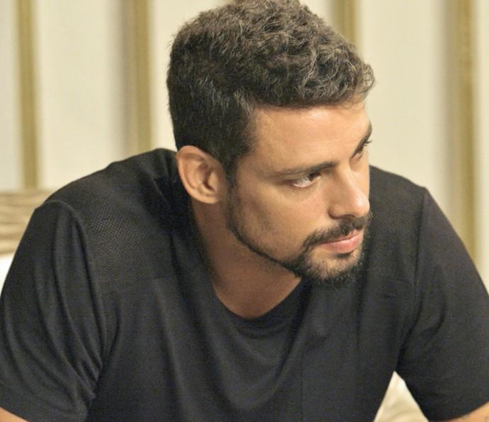 Juliano desabafa com Adisabeba (Foto: TV Globo)