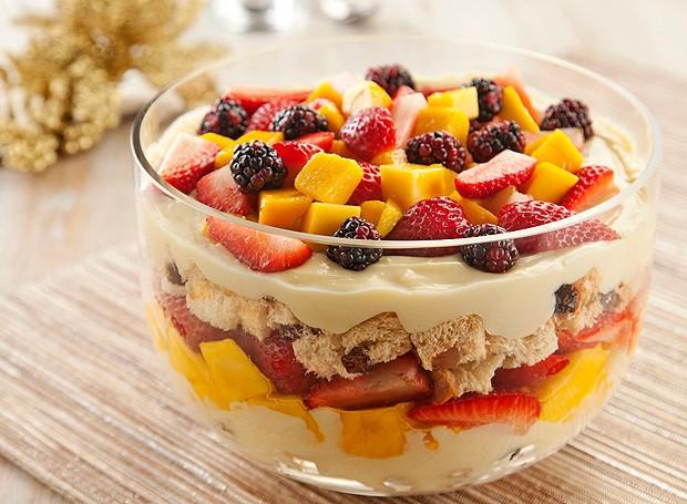 Pavê de panetone com frutas