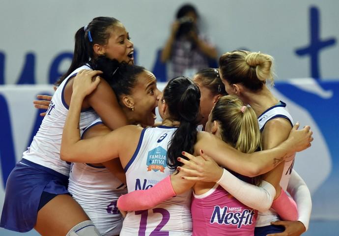 Osasco x Pinheiros Superliga femiina vôlei (Foto: João Pires/Fotojump)