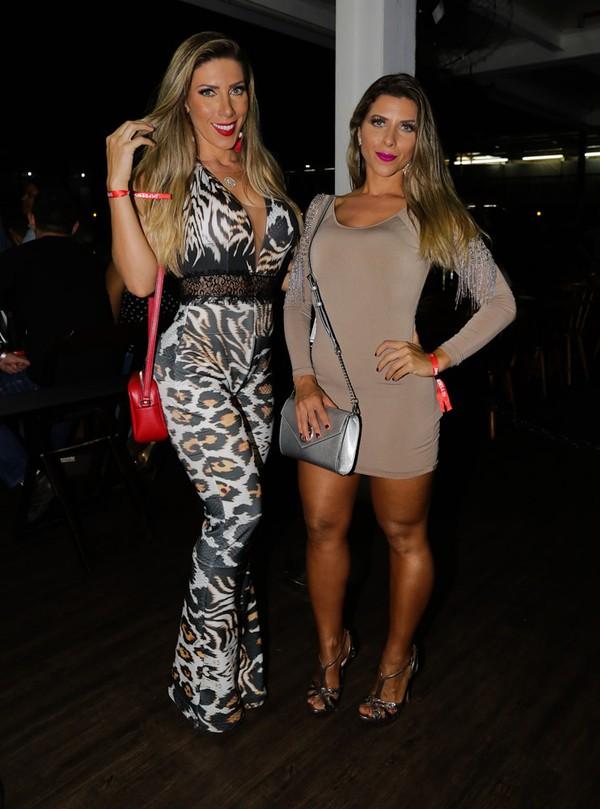 Ana Paula Minerato usa vestido sexy para badalar com Tati Minerato