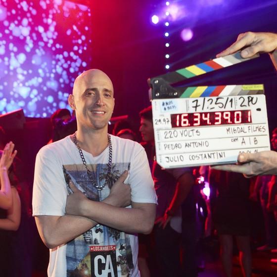 Paulo Gustavo trará novos personagens para os nove programas da quinta temporada de 220 volts (Foto: Juliana Coutinho)