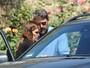 Ben Affleck e Jennifer Garner vão a igreja com a família
