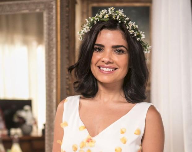 A persoangem Tóia (Vanessa Giácomo) casou com Juliano (Cauã Reymond) durante tarde de festa na novela A Regra do Jogo (Foto: TV Globo/Divulgação)
