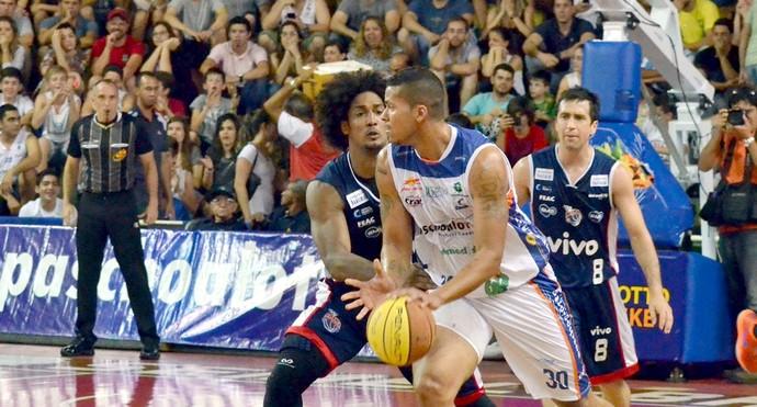 Bauru Basquete x Franca, Rafael Hettsheimeir, pela semifinal do Paulista (Foto: Henrique Costa / Bauru Basket)