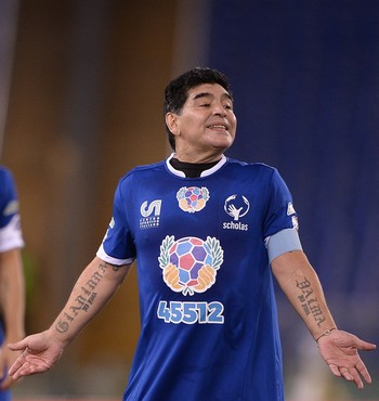 Maradona Jogo pela Paz (Foto: AFP)