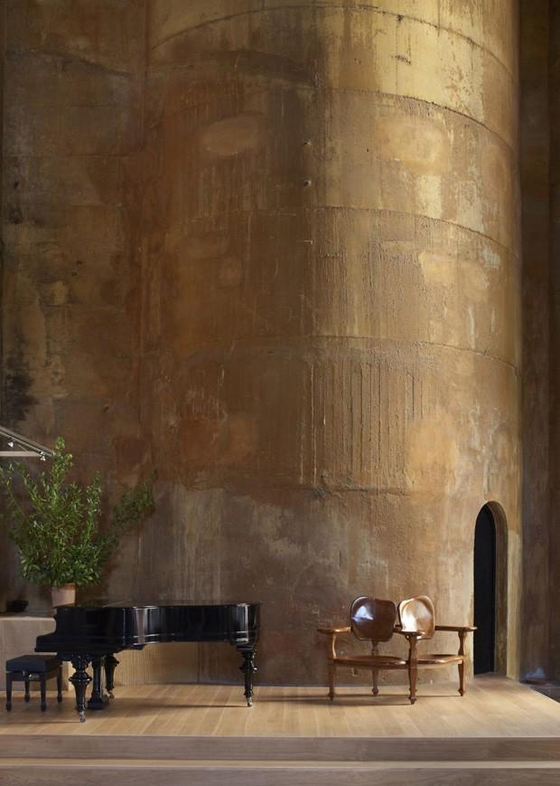 """Outro silo recebe """"A Catedral"""". O espaço é utilizado para exposições, shows e outras funções culturais  (Foto: Reprodução/Quiosque digital)"""