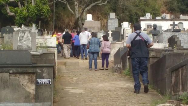 Enterro de Rodrigo Augusto (Foto: EGO)