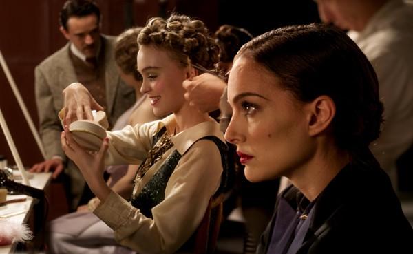 Lily-Rose Depp e Natalie Portman se preparando para estrear no cinema (Foto: Divulgação)
