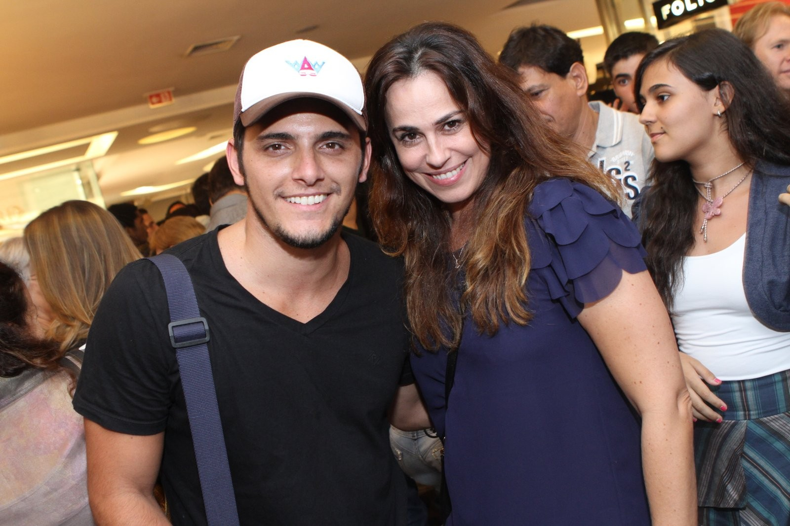 Bruno Gissoni e Daniela Escobar na peça 'Romeu na roda' (Foto: Divulgação)