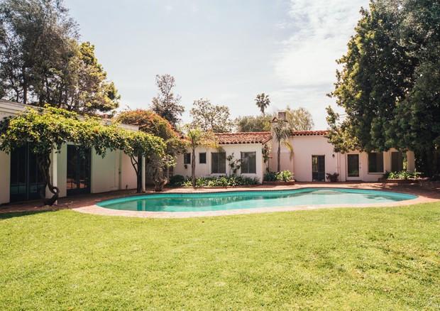 Casa onde Marilyn Monroe viveu seus últimos dias (Foto: Reprodução)