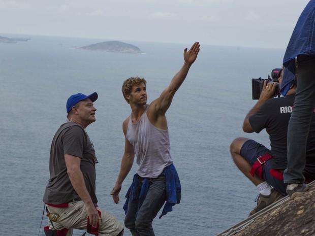 Stephan Elliot com o ator Ryan Kwanten no Pão de Açúcar (Foto: Gui Maia e Dan Behr)