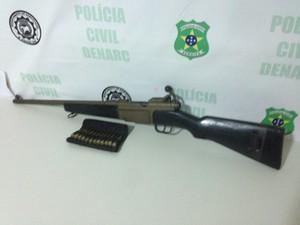 Fuzil calibre 762 é apreendido pelo Denarc (Foto: Denarc / SSP)