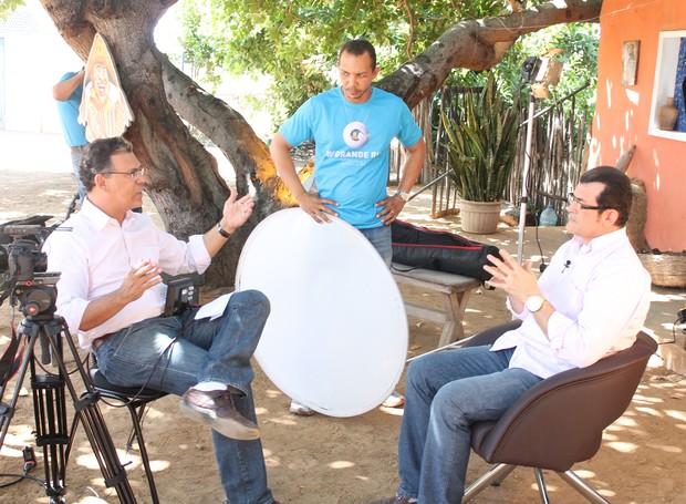 O locutor de FM Ronieverton falou da importância da valorização do sertanejo (Foto: Gabriela Canário)