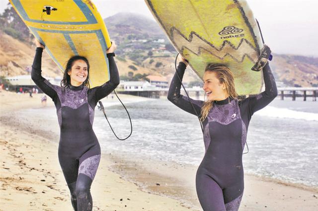 Claudia Leitte gravou um episódio da série 'Mulheres espetaculares' com Juliana Sana (Foto: Fred Pompermeyer)