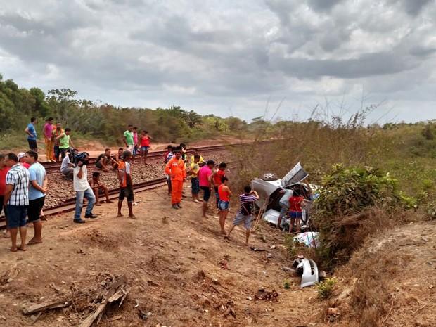 Colisão aconteceu na manhã deste sábado (5) no Km 51, no povoado Gameleira (Foto: Douglas Pinto/TV Mirante)