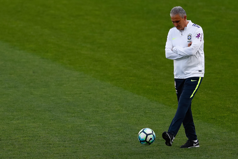Tite, técnico da seleção brasileira, falou com Walter Casagrande (Foto: Getty Images/ Buda Mendes)