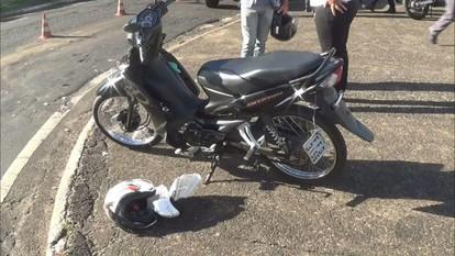 Jovem de 19 anos morre após bater moto contra ônibus em Franca, SP