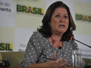 A ministra do Planejamento, Miriam Belchior, em entrevista para detalhar MP que libera R$ 42,5 bi (Foto: Marcello Casal Jr./ABr)