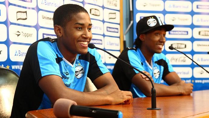 Guilherme e Matheus Biteco, jogadores do Grêmio (Foto: Lucas Uebel/Grêmio, DVG)