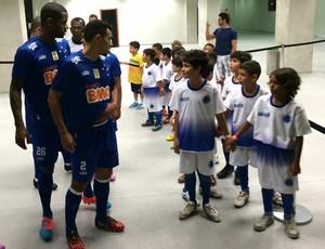 Mascotes ABC x Cruzeiro (Foto: Klênyo Galvão/GloboEsporte.com)