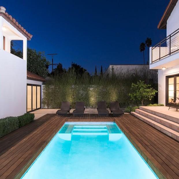 A piscina da casa de Rihanna (Foto: Divulgação)