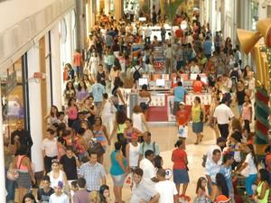 Shoppings abrem 2,6 mil vagas de emprego na Grande Vitória, espírito santo (Foto: Vitor Jubini/A Gazeta )