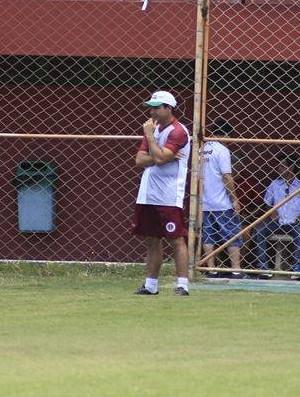 Fabiano Rossato, treinador da Desportiva Ferroviária (Foto: Marlon Max)