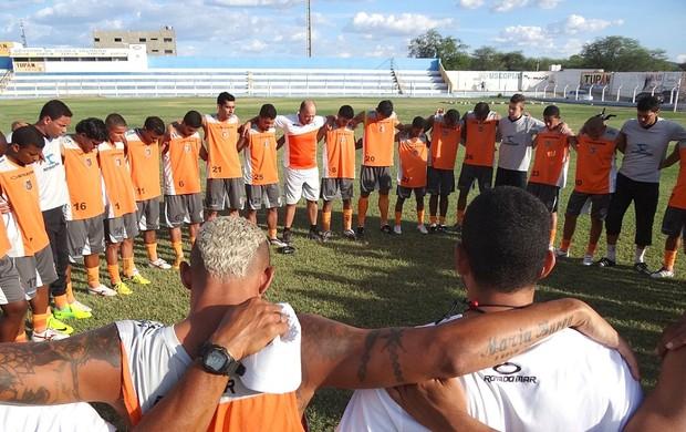 serra talhada treino (Foto: Lula Moraes / GloboEsporte.com)